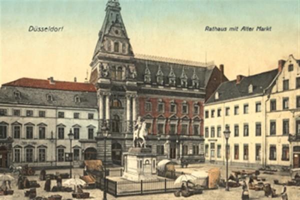 Rathaus mit alten Markt Düsseldorf
